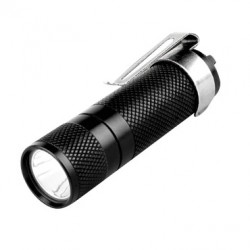 FENIX TORCIA LED 100 LUMEN PD10